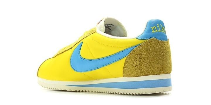 9fe57fddc51a Brand Nike  Model CLASSIC CORTEZ NYLON QS X KENNY MOORE  Color TOUR YELLOW CHLORINE  BLUE SAIL ...