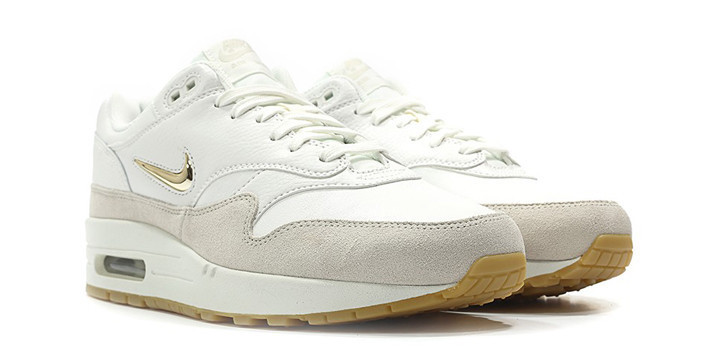 cheap for discount f0f00 20ef9 Brand Nike  Model AIR MAX 1 PREMIUM SC