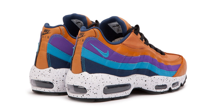 NIKE AIR MAX 95 PREMIUM 538416800 MONARCH BLUE FURY NAVY HYPER GRAPE OUTDOOR PA