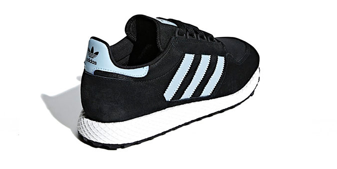 huge selection of b8df7 553c0 Brand Adidas Model FOREST GROVE - wmns Color CORE BLACK  ASH GREY  CHALK  WHITE Code CG6123